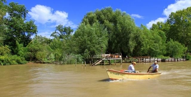 9 - Güney Amerika'da bulunan 4.500 km uzunluğundaki Rio de la Plata-Parana, dünyanın en uzun dokuzuncu nehridir.