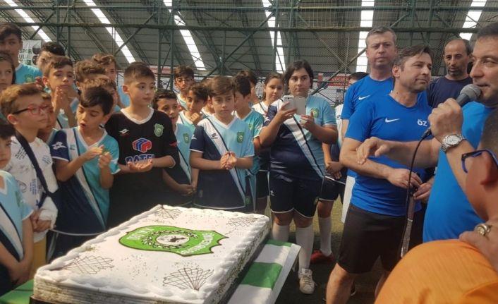 Gökmeydan Spor Futbol Okulu birinci yaşını kutladı