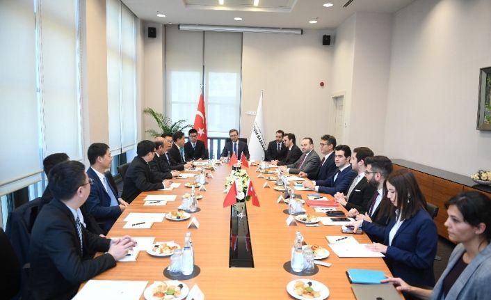 Fahrettin Altun, Çin Ulusal Radyo ve Televizyon Dairesi Bakan Yardımcısı Jianmin'i kabul etti