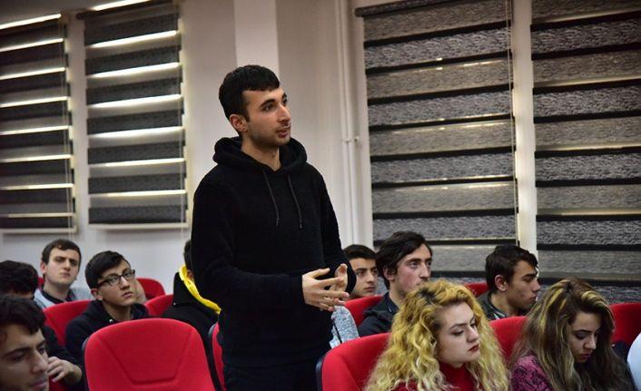 Rektör Çakmak, lise öğrencileri ile buluştu