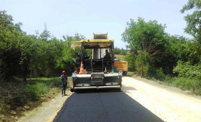 Köy yollarında BSK kaplama çalışması
