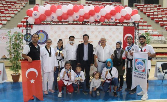 Melikgazi Belediyespor Türkiye Şampiyonu oldu