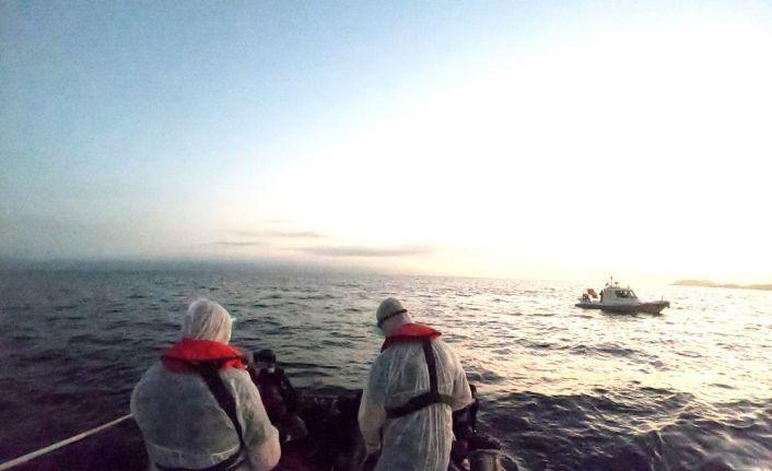 Ayvalık'ta 36 göçmen kurtarıldı