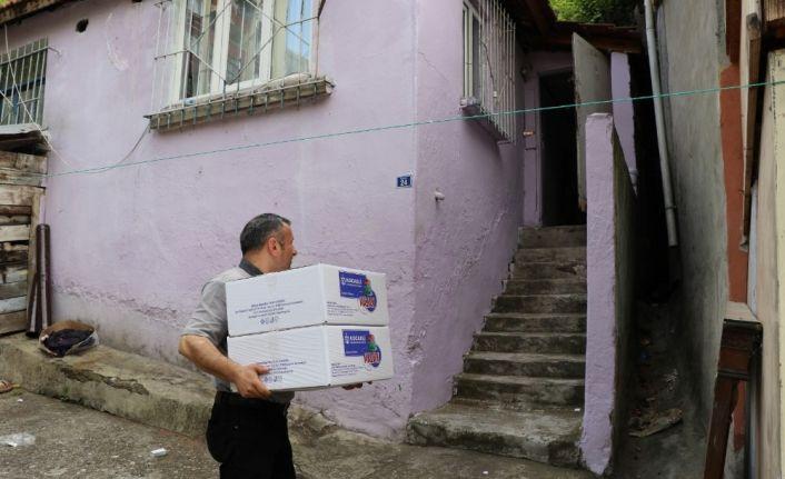 Kocaeli'de ihtiyaç sahibi vatandaşlara sıcak yemek