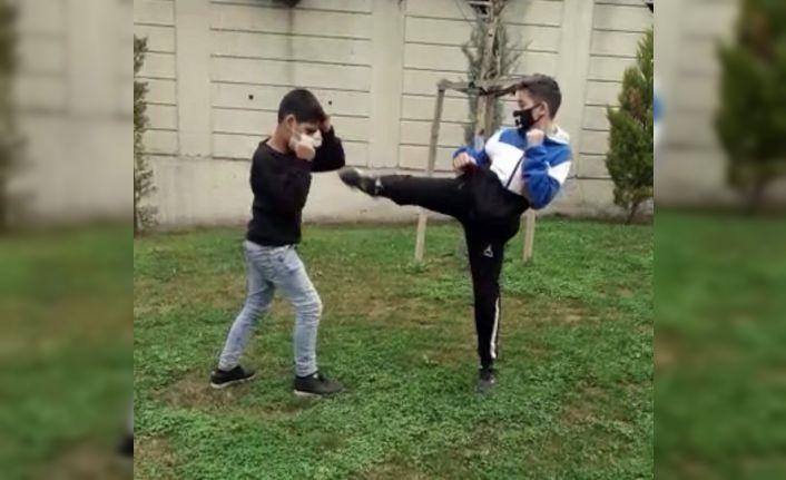 Kungfucular parkları spor salonuna çevirdi