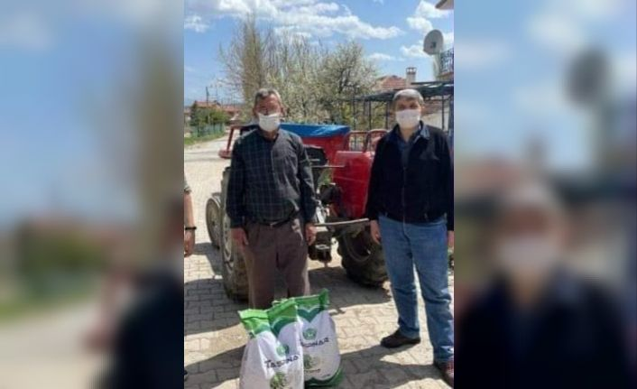Emet'te çiftçilere kuru fasulye tohumu dağıtıldı
