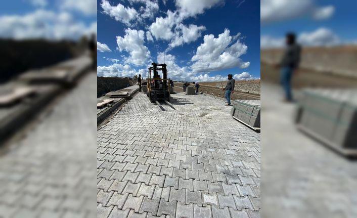 Kars'ta, TDİ Besi Organize Sanayi Bölgesi'nde çalışmalar sürüyor