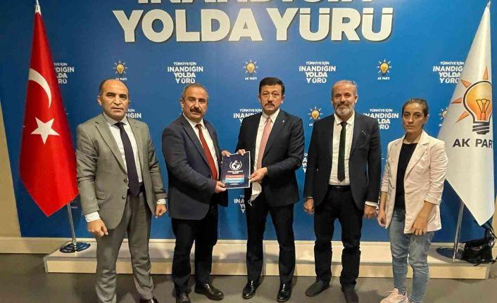 """AYD Başkanı Burhan: """"Temiz ve özgür bir sosyal medya istiyoruz"""""""