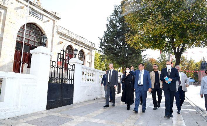 Bakanlık yetkilileri Malatya'da incelemelerde bulundular