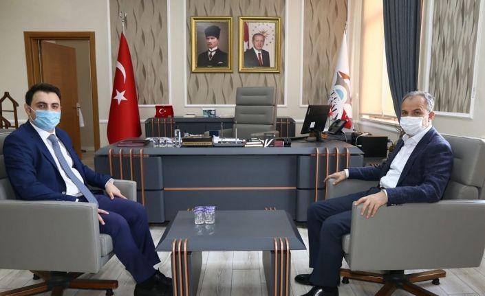 Başkan Kılınç, yeni atanan vali yardımcılarıyla buluştu