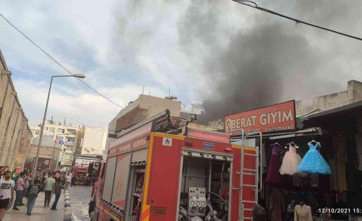 Yangına müdahale eden itfaiye erleri ölümden döndü