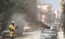 Karacabey'de park halindeki otomobil alev alev yandı