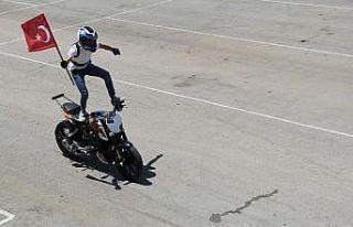 Motosiklet Festivali'nde gösteriler nefes kesti