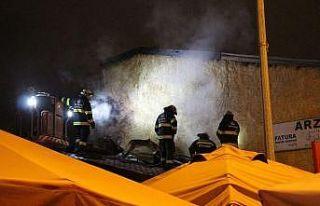 Yangında işletmesi hasar gören kadın gözyaşlarına...