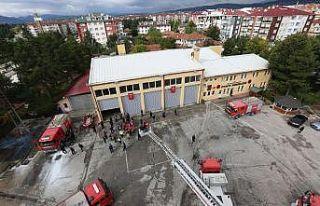 Bolu Belediyesi İtfaiye Müdürlüğü ekipleri 12...