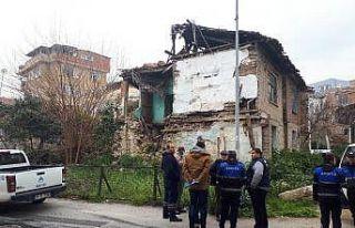 Sanatçı Salkım'ın doğup büyüdüğü ev yıkıldı