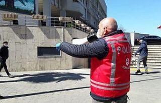 Zonguldak'ta Polisten fatura kuyruğuna megafonlu...