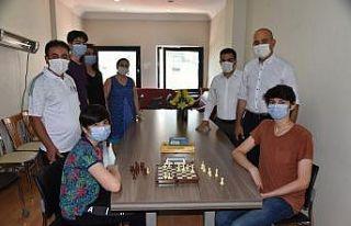 İzmit Beleyesi Online Satranç Turnuvası'nın...