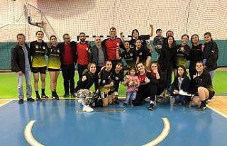 Elazığ'ın hentbol takımından 5'i sporcu 7...