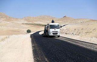 Mardin Büyükşehir Belediyesi kırsal yollarda çalışma...