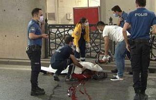 Taksim'de motosiklet kazasında 1 kişi hayatını...