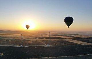 Tarihin sıfır noktasında lisanslı balon uçuşları...