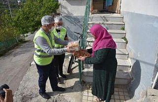 İzmit Belediyesi'den Ramazan yardımı