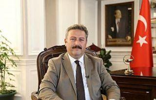 Başkan Palancıoğlu, ERÜ'de üç öğretim üyesini...