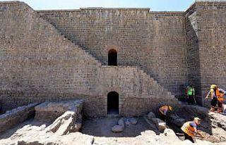 İçkale'deki kazı ve restorasyonlarda 3 burcun...