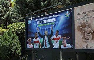 Kayseri Üniversitesi'nden Milli Takımımıza Billboardla...