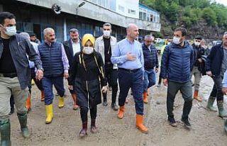İçişleri Bakanı Süleyman Soylu selden etkilenen...
