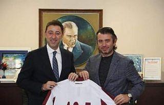 Bandırmaspor yönetimi Belediye Başkanı Tosun'u...