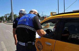 Kurallara uymayan toplu taşıma araç şoförlerine...