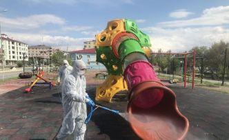 Iğdır'da Park ve Bahçeler dezenfekte ediliyor