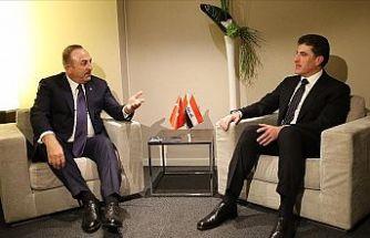 Bakan Çavuşoğlu Davos'ta Barzani ile bir araya geldi