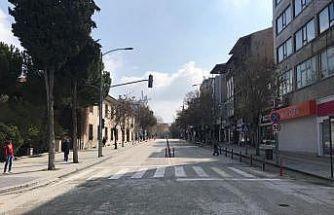 Burdur'da ana caddelerde park ve duraklama yasaklandı