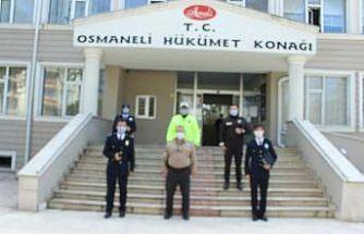 Emniyet Müdürü ve personeli Kaymakam Yavuz'ı makamında ziyaret etti