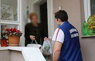 Serdivan Belediyesi hayırseverlerle ihtiyaç sahipleri arasında köprü oldu