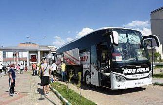 Muş'ta karantina süresi tamamlanan 107 kişi memleketlerine uğurlandı