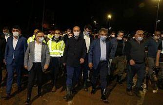 """İçişleri Bakanı Süleyman Soylu:""""12 köye ulaşım kapalı, 11 yaralımız, 1 de kaybımız var"""""""