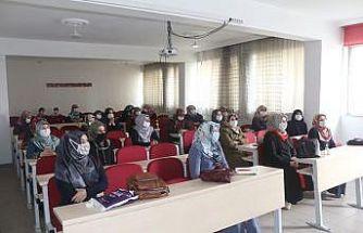 """Ağrı'da """"Kur'an Kursları Eğitime Hazırlık Semineri"""" düzenlendi"""