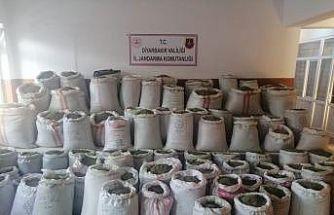 Diyarbakır'da 1 ton 207 kilo esrar ele geçirildi