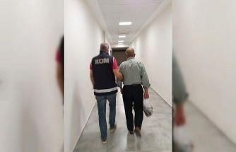 Antalya merkezli 4 ilde FETÖ/PDY operasyonu: 8 gözaltı