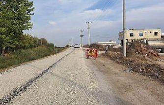 Büyükşehir Belediyesinden Tarsus'ta yol çalışması