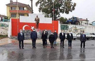 Çal'da Muhtarlar Günü törenle kutlandı