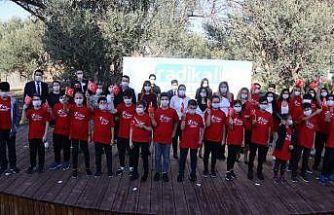 Özel Radikal Okulları öğrencilerinin cumhuriyet coşkusu