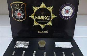 Uyuşturucu madde ile yakalanan 2 şüpheli tutuklandı