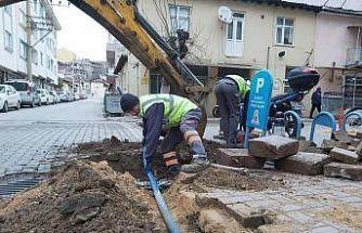 Çan Belediyesi tatlı su ve kanalizasyon hattı yenileme çalışmaları devam ediyor
