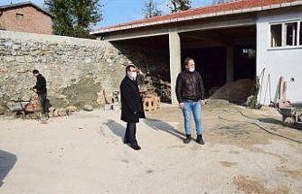 Kaymakam Gürdal Kızılelma köyünde incelemelerde bulundu