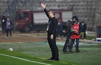 """Bursaspor Teknik Direktörü Mustafa Er: """"Asla teslim olmayın"""""""